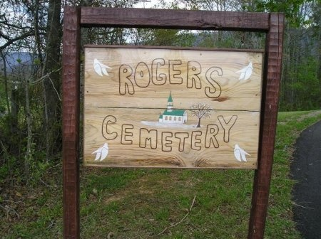 *ROGERS CEMETERY SIGN,   - Sequatchie County, Tennessee |   *ROGERS CEMETERY SIGN - Tennessee Gravestone Photos