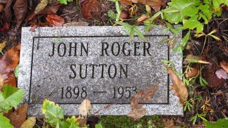 SUTTON, JOHN ROGER - Sevier County, Tennessee | JOHN ROGER SUTTON - Tennessee Gravestone Photos