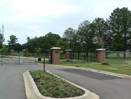*ENTRANCE GATES,  - Shelby County, Tennessee |  *ENTRANCE GATES - Tennessee Gravestone Photos