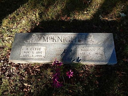 MCKNIGHT, A CLYDE - Shelby County, Tennessee | A CLYDE MCKNIGHT - Tennessee Gravestone Photos