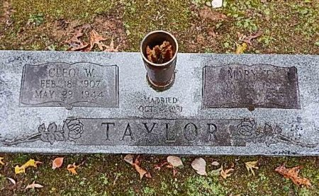 TAYLOR, CLEO AND MARY - Shelby County, Tennessee | CLEO AND MARY TAYLOR - Tennessee Gravestone Photos