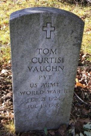 VAUGHN(VETERAN WWII), TOM CURTIS - Shelby County, Tennessee | TOM CURTIS VAUGHN(VETERAN WWII) - Tennessee Gravestone Photos