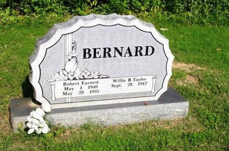 BERNARD, ROBERT EARNEST - Tipton County, Tennessee | ROBERT EARNEST BERNARD - Tennessee Gravestone Photos