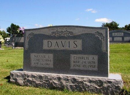 DAVIS, CHARLIE A. - Wayne County, Tennessee | CHARLIE A. DAVIS - Tennessee Gravestone Photos