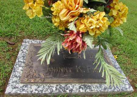 PIGG, JOHNNY K. - Wayne County, Tennessee | JOHNNY K. PIGG - Tennessee Gravestone Photos