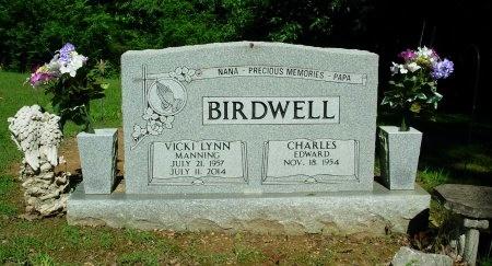 MANNIING BIRDWELL, VICKI LYNN - Weakley County, Tennessee   VICKI LYNN MANNIING BIRDWELL - Tennessee Gravestone Photos