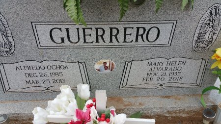 GUERRERO, MARY HELEN - Atascosa County, Texas | MARY HELEN GUERRERO - Texas Gravestone Photos