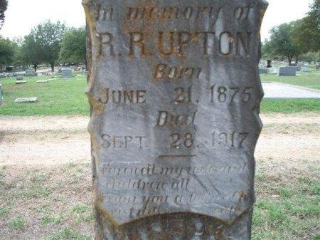 UPTON, RANDAL ROBERT (CLOSE UP) - Bastrop County, Texas   RANDAL ROBERT (CLOSE UP) UPTON - Texas Gravestone Photos