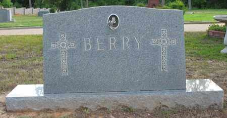 BERRY, FAMILY MARKER - Bowie County, Texas | FAMILY MARKER BERRY - Texas Gravestone Photos