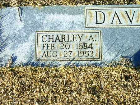 DAVIS, CHARLEY A  (CLOSEUP) - Bowie County, Texas   CHARLEY A  (CLOSEUP) DAVIS - Texas Gravestone Photos