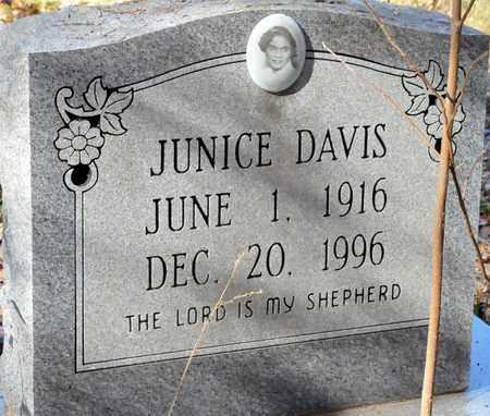 DAVIS, JUNICE - Bowie County, Texas   JUNICE DAVIS - Texas Gravestone Photos