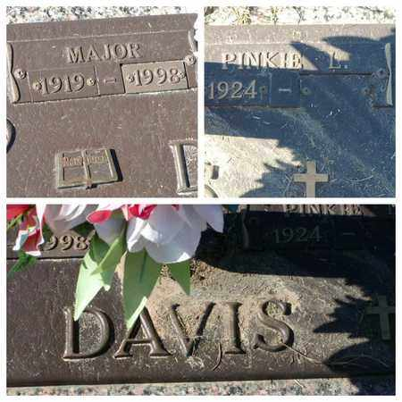 DAVIS, MAJOR - Bowie County, Texas   MAJOR DAVIS - Texas Gravestone Photos