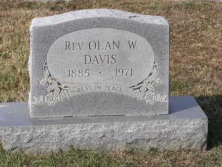 DAVIS, OLAN W, REV - Bowie County, Texas | OLAN W, REV DAVIS - Texas Gravestone Photos