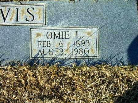 DAVIS, OMIE L  (CLOSEUP) - Bowie County, Texas | OMIE L  (CLOSEUP) DAVIS - Texas Gravestone Photos