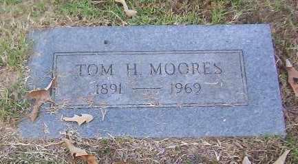 MOORES, TOM H - Bowie County, Texas | TOM H MOORES - Texas Gravestone Photos