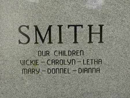 SMITH, DONNEL E (BACK VIEW) - Bowie County, Texas   DONNEL E (BACK VIEW) SMITH - Texas Gravestone Photos