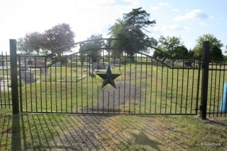 *CEMETERY GATE,  - Burleson County, Texas    *CEMETERY GATE - Texas Gravestone Photos
