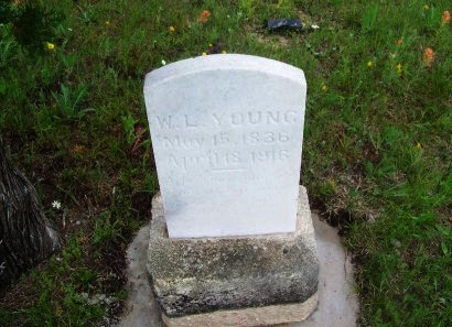 YOUNG, W. L. - Burnet County, Texas | W. L. YOUNG - Texas Gravestone Photos