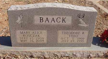BAACK, THEODORE R - Callahan County, Texas | THEODORE R BAACK - Texas Gravestone Photos