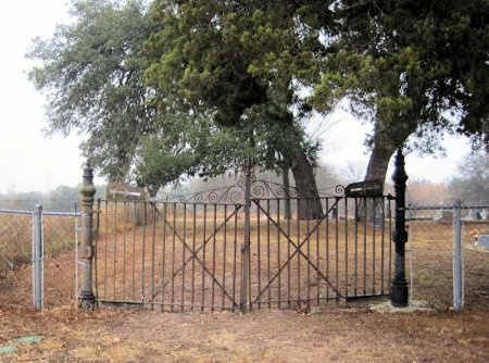 *CEMETERY ENTRANCE,  - Comal County, Texas |  *CEMETERY ENTRANCE - Texas Gravestone Photos