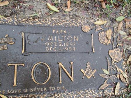 HAMILTON, J. MILTON (CLOSEUP) - Dallas County, Texas | J. MILTON (CLOSEUP) HAMILTON - Texas Gravestone Photos