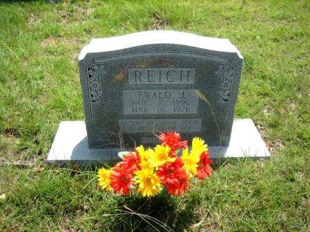 REICH, EWALD J. - Eastland County, Texas   EWALD J. REICH - Texas Gravestone Photos
