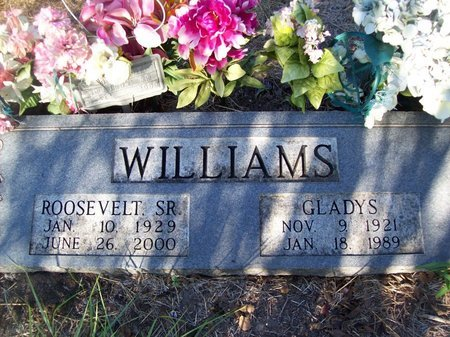 WILLIAMS, SR., ROOSEVELT - Goliad County, Texas | ROOSEVELT WILLIAMS, SR. - Texas Gravestone Photos
