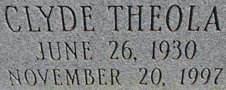 RIEKEN, CLYDE THEOLA (CLOSEUP) - Hale County, Texas   CLYDE THEOLA (CLOSEUP) RIEKEN - Texas Gravestone Photos