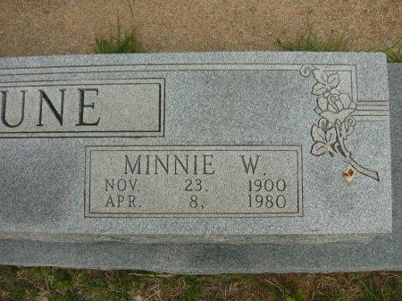 TUNE, MINNIE (CLOSEUP) - Hamilton County, Texas | MINNIE (CLOSEUP) TUNE - Texas Gravestone Photos