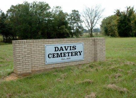 *DAVIS CEMETERY SIGN,  - Henderson County, Texas |  *DAVIS CEMETERY SIGN - Texas Gravestone Photos
