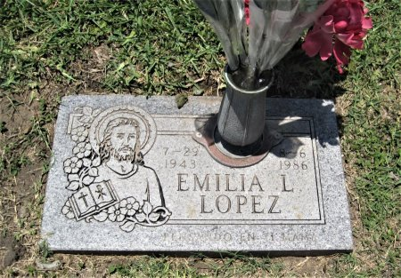 LOPEZ, EMILIA L. - Hidalgo County, Texas | EMILIA L. LOPEZ - Texas Gravestone Photos
