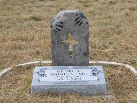 DANIELS, SR., MELVIN B. - Kinney County, Texas   MELVIN B. DANIELS, SR. - Texas Gravestone Photos