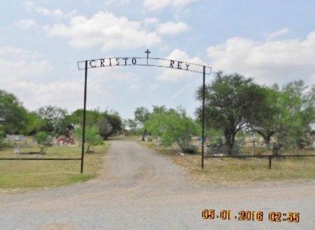 *MAIN CEMETERY ENTRANCE,  - La Salle County, Texas    *MAIN CEMETERY ENTRANCE - Texas Gravestone Photos