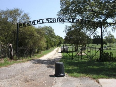 *CEMETERY ENTRANCE,  - Limestone County, Texas |  *CEMETERY ENTRANCE - Texas Gravestone Photos