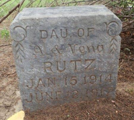 RUTZ, EVELYND - Lipscomb County, Texas | EVELYND RUTZ - Texas Gravestone Photos
