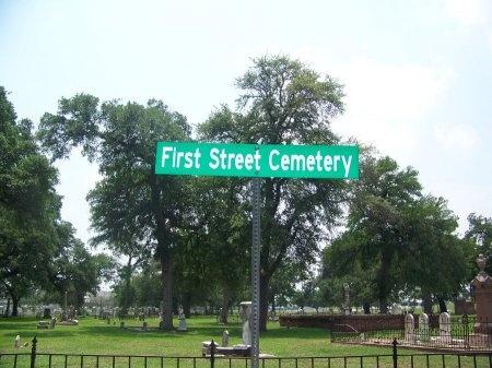 *FIRST STREET VIEW,  - McLennan County, Texas |  *FIRST STREET VIEW - Texas Gravestone Photos