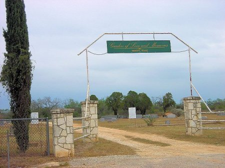 *CEMETERY ENTRANCE,  - Medina County, Texas    *CEMETERY ENTRANCE - Texas Gravestone Photos