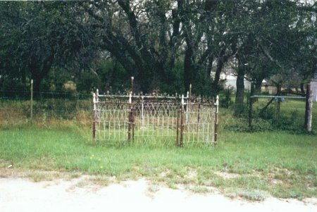 *GRAVE OVERVIEW,  - Mills County, Texas |  *GRAVE OVERVIEW - Texas Gravestone Photos