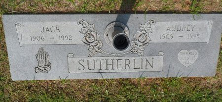 MONTGOMERY SUTHERLIN, AUDREY - Parker County, Texas | AUDREY MONTGOMERY SUTHERLIN - Texas Gravestone Photos