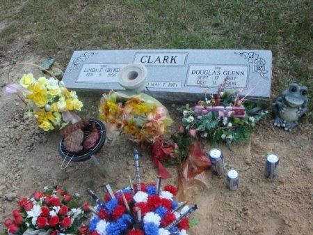 CLARK, DOUGLAS GLENN - Red River County, Texas | DOUGLAS GLENN CLARK - Texas Gravestone Photos