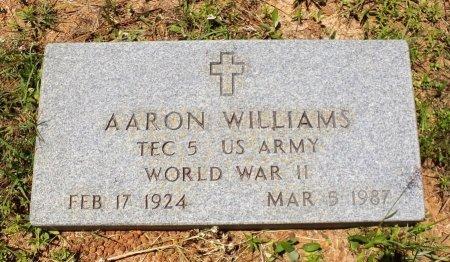WILLIAMS (VETERAN WWII), AARON - San Jacinto County, Texas   AARON WILLIAMS (VETERAN WWII) - Texas Gravestone Photos
