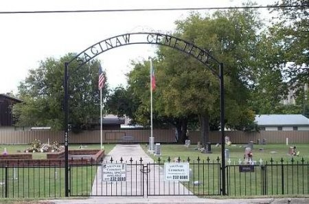 *SAGINAW ENTRANCE,  - Tarrant County, Texas |  *SAGINAW ENTRANCE - Texas Gravestone Photos