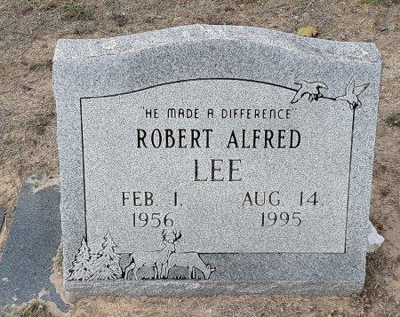 LEE, ROBERT ALFRED - Titus County, Texas | ROBERT ALFRED LEE - Texas Gravestone Photos