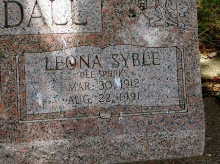 KUYKENDALL, LEONA SYBLE (CLOSE UP) - Uvalde County, Texas | LEONA SYBLE (CLOSE UP) KUYKENDALL - Texas Gravestone Photos