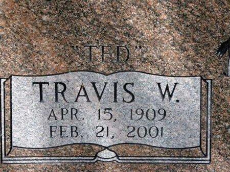"KUYKENDALL, TRAVIS WALLACE ""TED"" (CLOSEUP) - Uvalde County, Texas | TRAVIS WALLACE ""TED"" (CLOSEUP) KUYKENDALL - Texas Gravestone Photos"