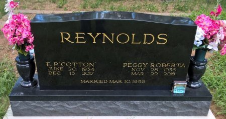 TRIMBLE REYNOLDS, PEGGY ROBERTA - Young County, Texas | PEGGY ROBERTA TRIMBLE REYNOLDS - Texas Gravestone Photos