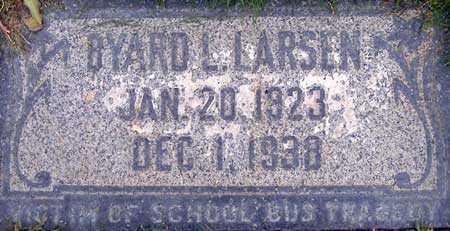 LARSEN, BYARD L. - Salt Lake County, Utah | BYARD L. LARSEN - Utah Gravestone Photos