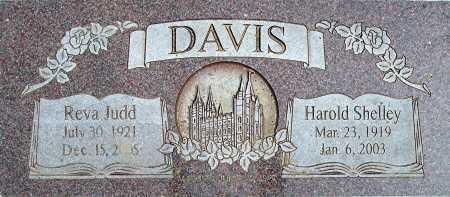DAVIS, REVA M - Utah County, Utah | REVA M DAVIS - Utah Gravestone Photos