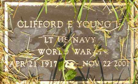 YOUNG (WWII), CLIFFORD E. - Utah County, Utah | CLIFFORD E. YOUNG (WWII) - Utah Gravestone Photos