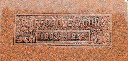 YOUNG, CLIFFORD E. - Utah County, Utah   CLIFFORD E. YOUNG - Utah Gravestone Photos